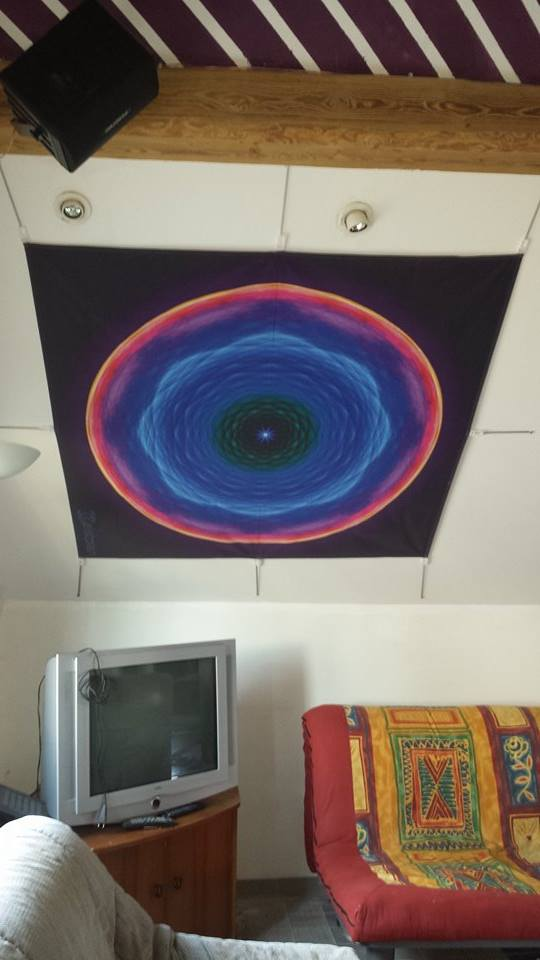 Fot von einem großen dark background Mandala (ziemlich groß)