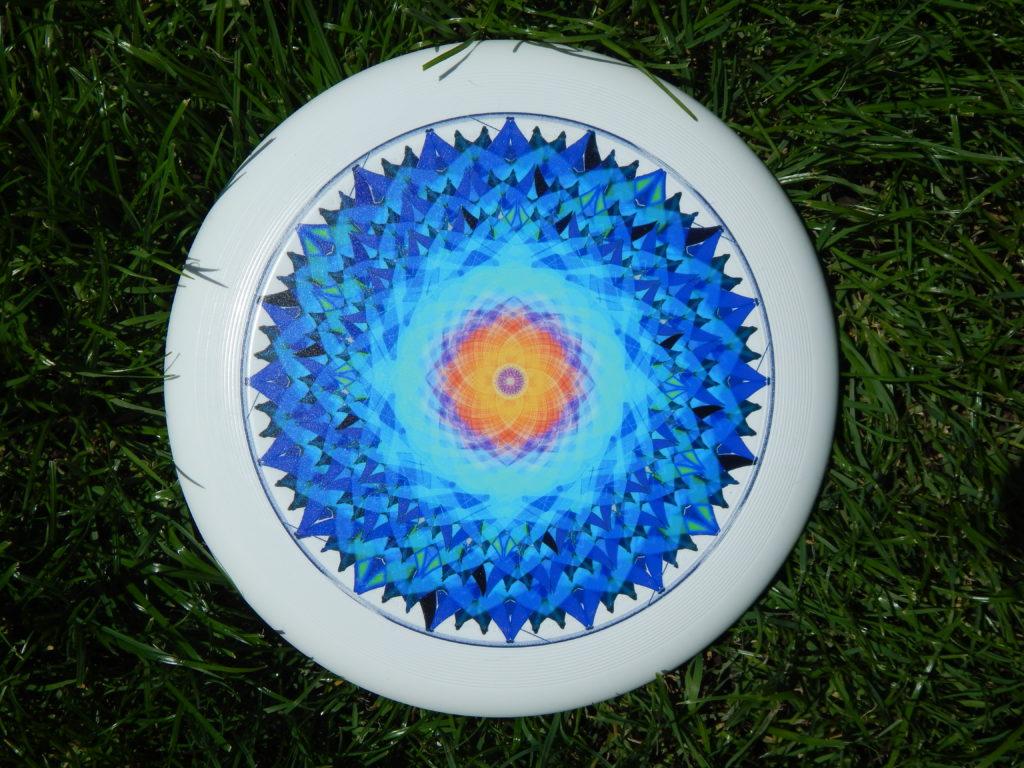 """Das Mandala """"die Schoepfung"""" auf einer Frisbee abgebildet Wer hat Geistplan erstellt"""