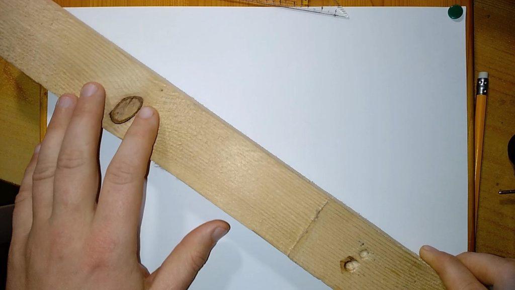 Linieal oder Holzlatte