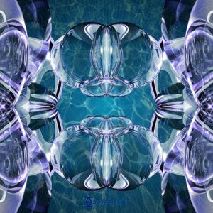 BIld von glaskugelähnlichen Konstrukten, die unter Wasser scheinen. Mandala oder Energiebild.