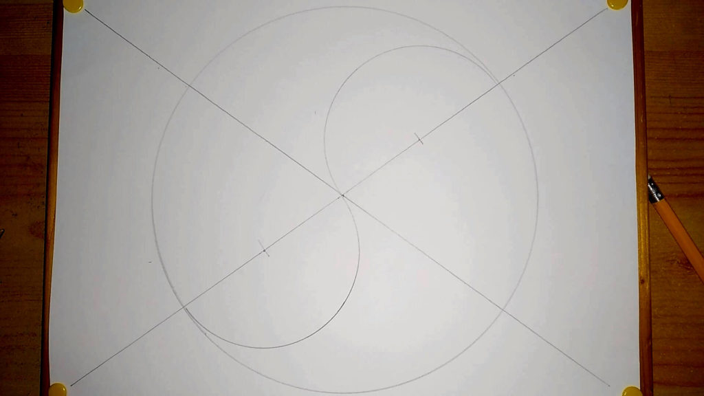 """Kreis mit einer """"S"""" förmigen Linie Yin Yang Symbol zeichnen"""