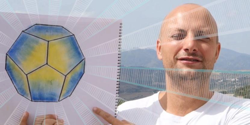 Bild von einem gezeichneten Dodekaeder mit Konrad daneben.Anleitung: einen Dodekaeder zeichnen